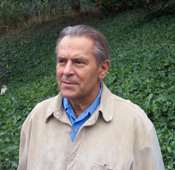 Stanislav Grof em uma foto relativamente recente. Ele está com 81 anos agora.
