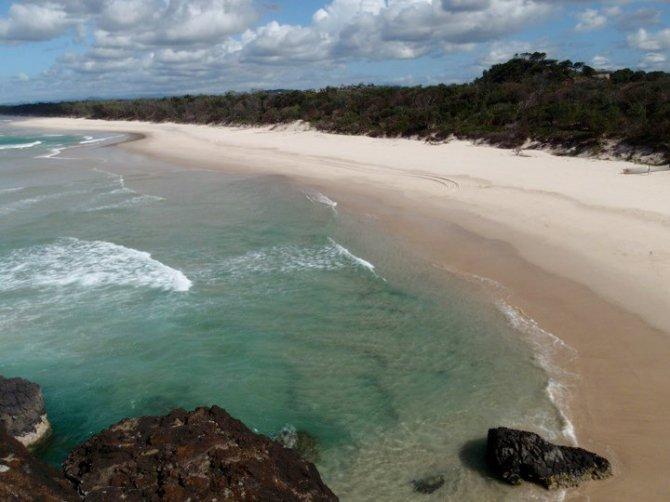 Uma praia deserta na Austrália. Foto de minha amiga Talita Nozomi.