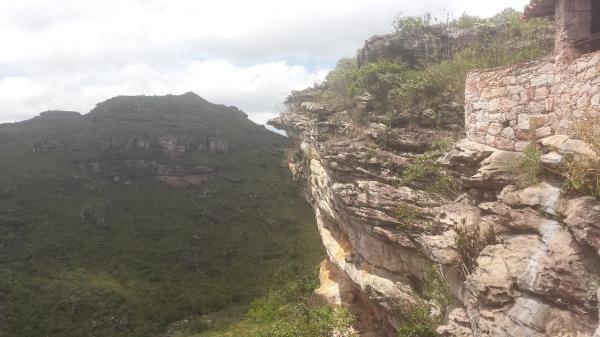 Vista lateral da casa-caverna em que nos hospedamos.